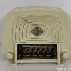 Radios de válvulas: ANTIGUA RADIO FRANCESA - DUCRETET THOMSON L 2523 - BAQUELITA - AÑO 1955. Lote 279343193