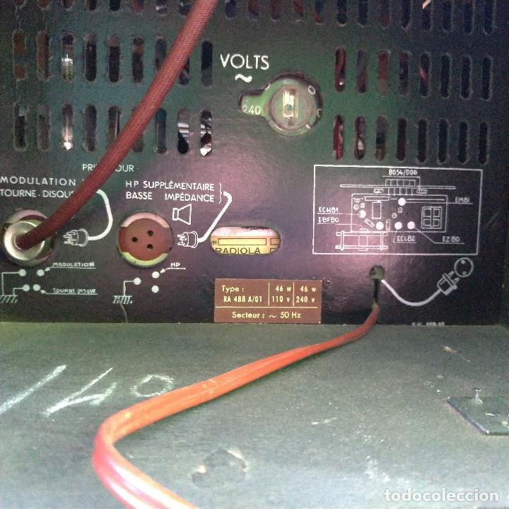 Radios de válvulas: Radio antigua con giradiscos RADIOLA - Foto 7 - 234562370