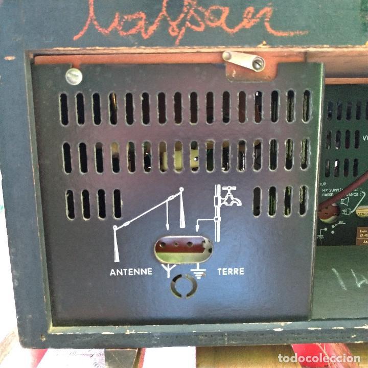 Radios de válvulas: Radio antigua con giradiscos RADIOLA - Foto 8 - 234562370