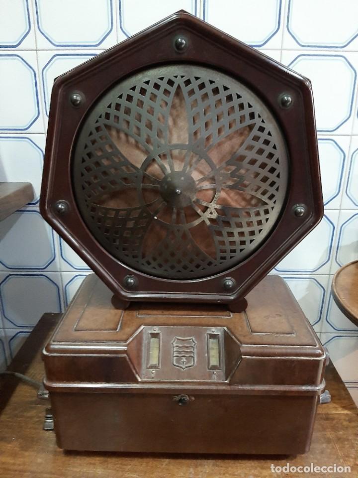 RADIO DE VALVULAS (Radios, Gramófonos, Grabadoras y Otros - Radios de Válvulas)
