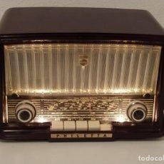 Radios de válvulas: BONITA RADIO DE VALVULAS PHILIPS PHILETTA BD244U ¡¡¡FUNCIONA!!!!.. Lote 235363710