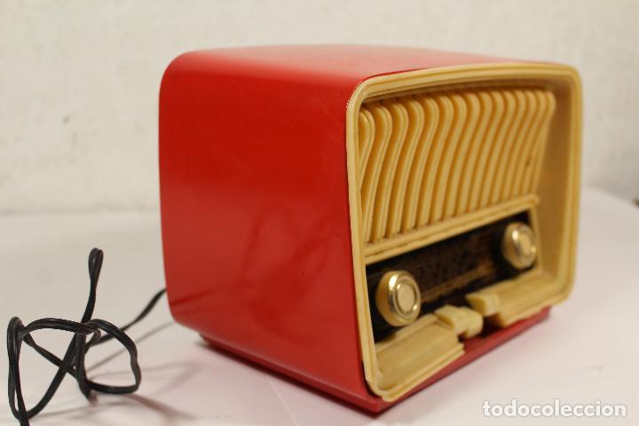 Radios de válvulas: RADIO TELEFUNKEN CAPRICHO U-1925-II , ROJA - Foto 2 - 268859829