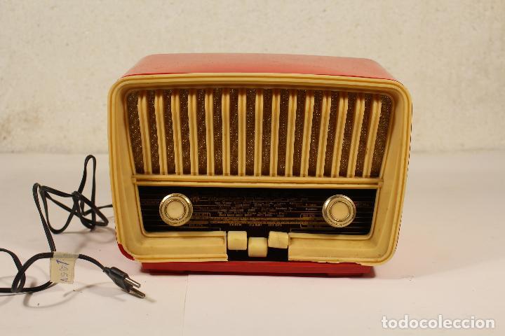 RADIO TELEFUNKEN CAPRICHO U-1925-II , ROJA (Radios, Gramófonos, Grabadoras y Otros - Radios de Válvulas)