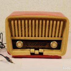 Radios de válvulas: RADIO TELEFUNKEN CAPRICHO U-1925-II , ROJA. Lote 235862480