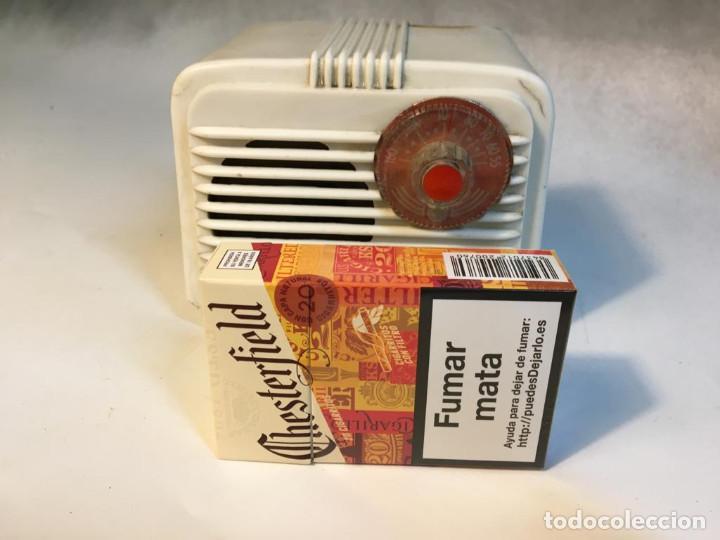 Radios de válvulas: ANTIGUA RADIO DE VALVULAS TIPO PERIQUITO O BARBIE - Foto 3 - 236466620