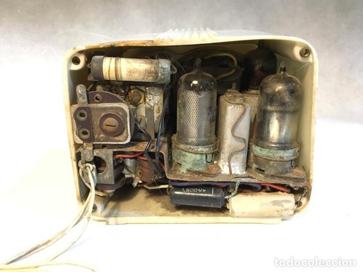 Radios de válvulas: ANTIGUA RADIO DE VALVULAS TIPO PERIQUITO O BARBIE - Foto 11 - 236466620
