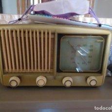 Radios de válvulas: ANTIGUA RADIO DE VALVULAS NORMAL MOD 20. Lote 236897515