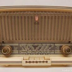 Radios de válvulas: RADIO PHILIPS PHILETTA. Lote 236981340