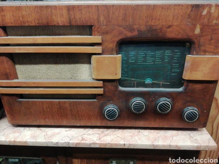 RADIO ANTIGUA EVEREST (Radios, Gramófonos, Grabadoras y Otros - Radios de Válvulas)