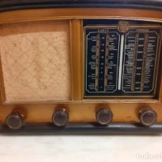 Radios de válvulas: ANTIGUA RADIO AÑOS 40 O 50. Lote 240268515