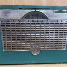 Radios de válvulas: RADIO VINTAGE WESTINGHOUSE. EN SU FUNDA ORIGINAL. Lote 240419560