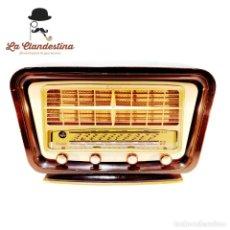 Radios de válvulas: RADIO CLARSON. FABRICADA EN FRANCIA. AM FM. FUNCIONANDO. RESTAURADA POR EXPERTOS.. Lote 240798800