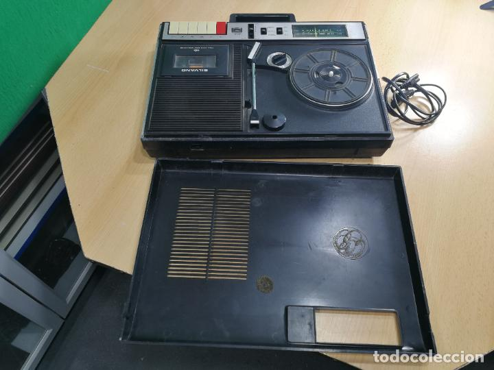 Radios de válvulas: RADIO TOCADISCOS CASETE DE MALETIN SILVANA - Foto 15 - 240956255