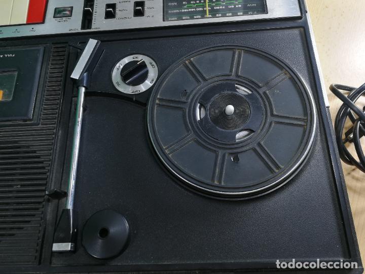 Radios de válvulas: RADIO TOCADISCOS CASETE DE MALETIN SILVANA - Foto 16 - 240956255