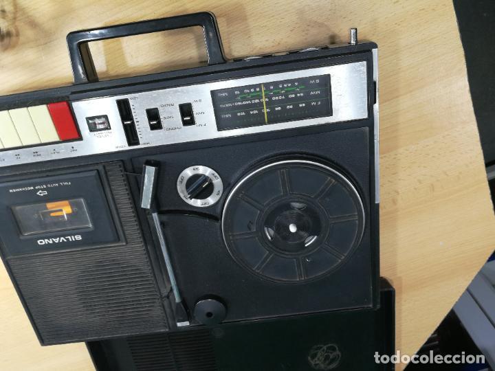 Radios de válvulas: RADIO TOCADISCOS CASETE DE MALETIN SILVANA - Foto 19 - 240956255