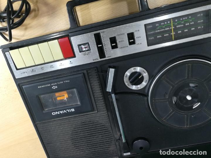 Radios de válvulas: RADIO TOCADISCOS CASETE DE MALETIN SILVANA - Foto 20 - 240956255