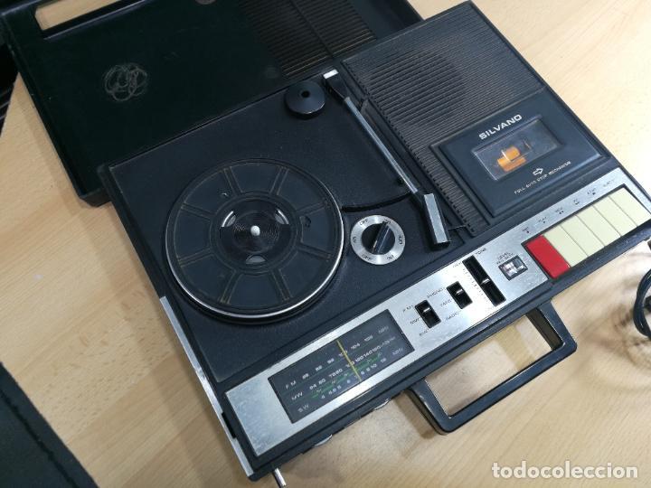 Radios de válvulas: RADIO TOCADISCOS CASETE DE MALETIN SILVANA - Foto 33 - 240956255