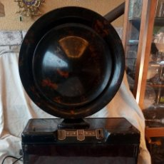 Rádios de válvulas: RADIO RECEPTOR DE BAQUELITA MARCA PHILIPS CON ALTAVOZ 1928. Lote 240958020