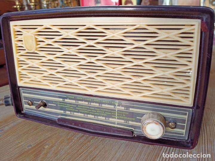 RADIO PHILIPS DE BAQUELITA (Radios, Gramófonos, Grabadoras y Otros - Radios de Válvulas)