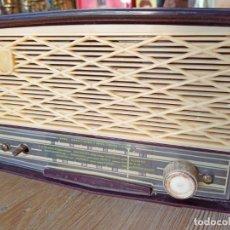 Radio a valvole: RADIO PHILIPS DE BAQUELITA. Lote 241810090