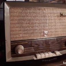 Radios de válvulas: RADIO ANTIGUA. Lote 242856435