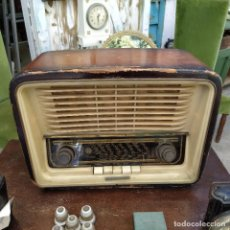Radios de válvulas: RADIO DE VÁLVULAS TELEFUNKEN CAMPANELA 58-3D. FUNCIONA.. Lote 244413775