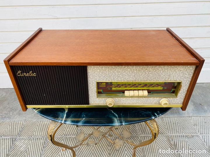EURELEC RADIO TOCADISCOS VINTAGE (Radios, Gramófonos, Grabadoras y Otros - Radios de Válvulas)
