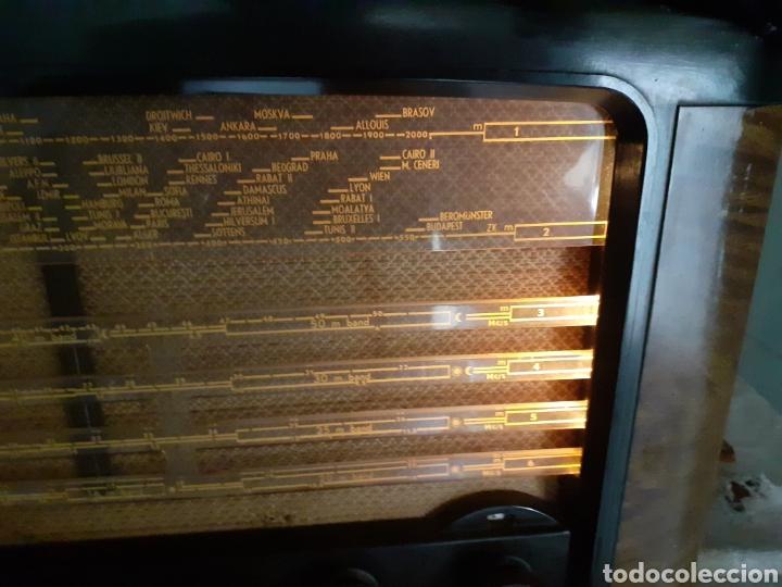Radios de válvulas: Radio Philips BX490A, funciona, año 1949. - Foto 3 - 245445990