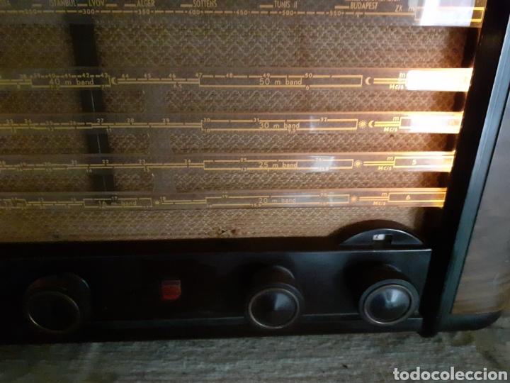 Radios de válvulas: Radio Philips BX490A, funciona, año 1949. - Foto 4 - 245445990