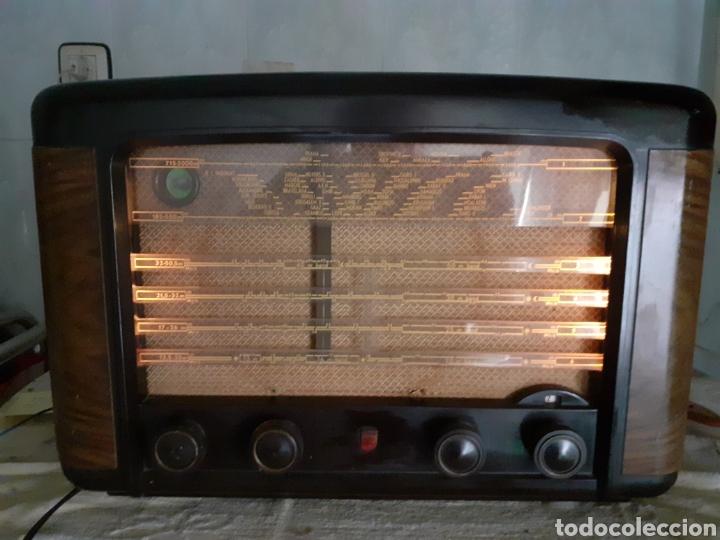 RADIO PHILIPS BX490A, FUNCIONA, AÑO 1949. (Radios, Gramófonos, Grabadoras y Otros - Radios de Válvulas)