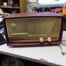 Radios de válvulas: ANTIGUA RADIO TELEFUNKEN CAPRICHO. Lote 245573195