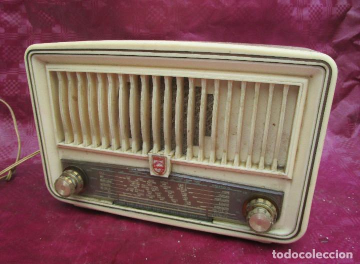 RADIO ANTIGUA VALVULAS PHILIPS BAKELITA BEIG COMPLETA MUY BONITA (Radios, Gramófonos, Grabadoras y Otros - Radios de Válvulas)