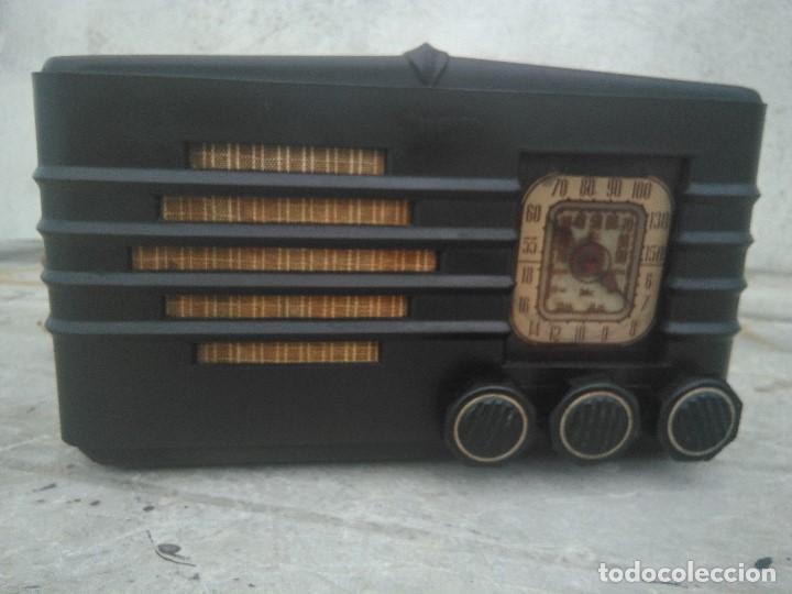 ANTIGUA RADIO DE VALVULAS PARA REPARAR ( VER FOTOS) (Radios, Gramófonos, Grabadoras y Otros - Radios de Válvulas)