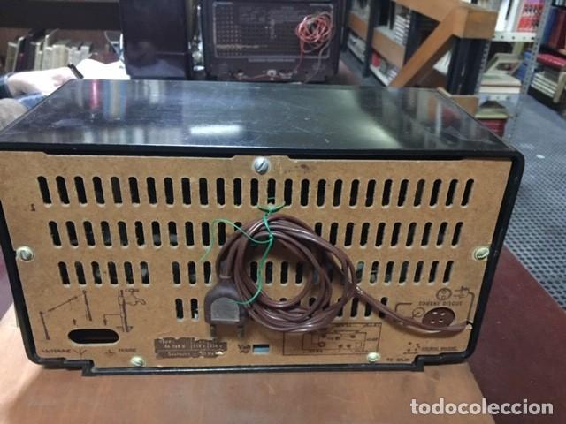Radios de válvulas: APARATO DE RADIO AÑOS 50: RADIOLA TIPO RA 268 V. - Foto 2 - 247503805