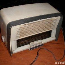 Radios de válvulas: RADIO VALVULAS MARCONI UM-147 UM147 NO FUNCIONA LEER. Lote 248782940