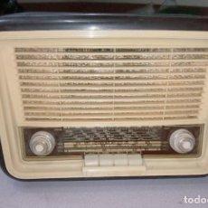 Radios de válvulas: RADIO INVICTA MODELO 5431. Lote 251193985