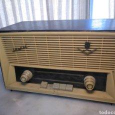 Radios de válvulas: RADIO ANTIGUA IBERIA. Lote 252149465