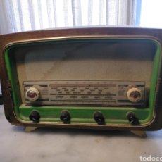 Radios de válvulas: RADIO ANTIGUA TAMAÑO PEQUEÑO. Lote 252150000