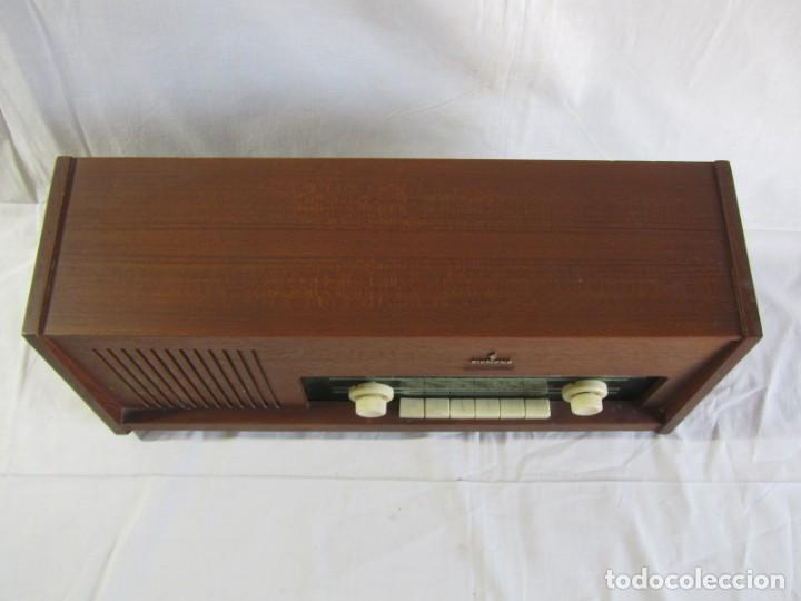 Radios de válvulas: Radio de madera y válvulas Siemens Spezialsuper TYP RB11, funcionando - Foto 3 - 252793940