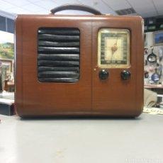 Radios de válvulas: RADIO EMERSON BRISTOL COM. Lote 254287195