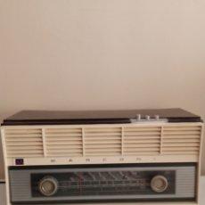 Radios de válvulas: RADIO MARCONI ANTIGUA FUNCIONANDO. Lote 255371495
