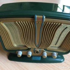 Radios de válvulas: RÉPLICA RADIO ANTIGUA FUNCIONA A PILAS 13X10CM. Lote 257662260