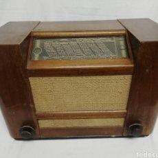 Radios de válvulas: RADIO PHILIPS 667A-29.FRANCIA.1937. Lote 259021285