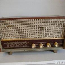 Radio a valvole: ANTIGUA RADIO DE MADERA TUNGSRAM VER FOTOS PARA PIEZAS O RESTAURAR. Lote 260312895