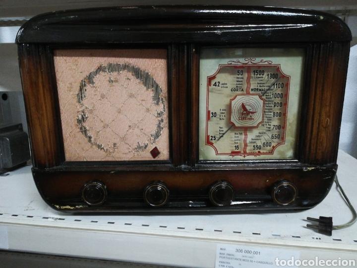 RADIO ANTIGUA L.E.R.E BARCELONA (Radios, Gramófonos, Grabadoras y Otros - Radios de Válvulas)