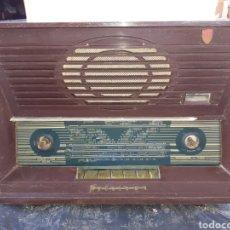 Radio a valvole: RADIO ARISTONA,BAKELITA, SA 3012A, PARA PIEZAS O RESTAURAR.... Lote 261108740