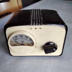 Radios de válvulas: VOLTIMETRO. Lote 261833915