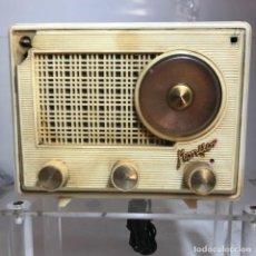Radios de válvulas: PEQUEÑA RADIO MONITOR - L. FREIXA - DESPERFECTOS, VER FOTOS. Lote 262263365