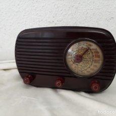 Radio a valvole: RADIO A VALVULAS UNIVERSAL L-40. Lote 262311545