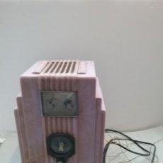 Radio a valvole: RADIO AIR KING. ART DECO.. Lote 262372430